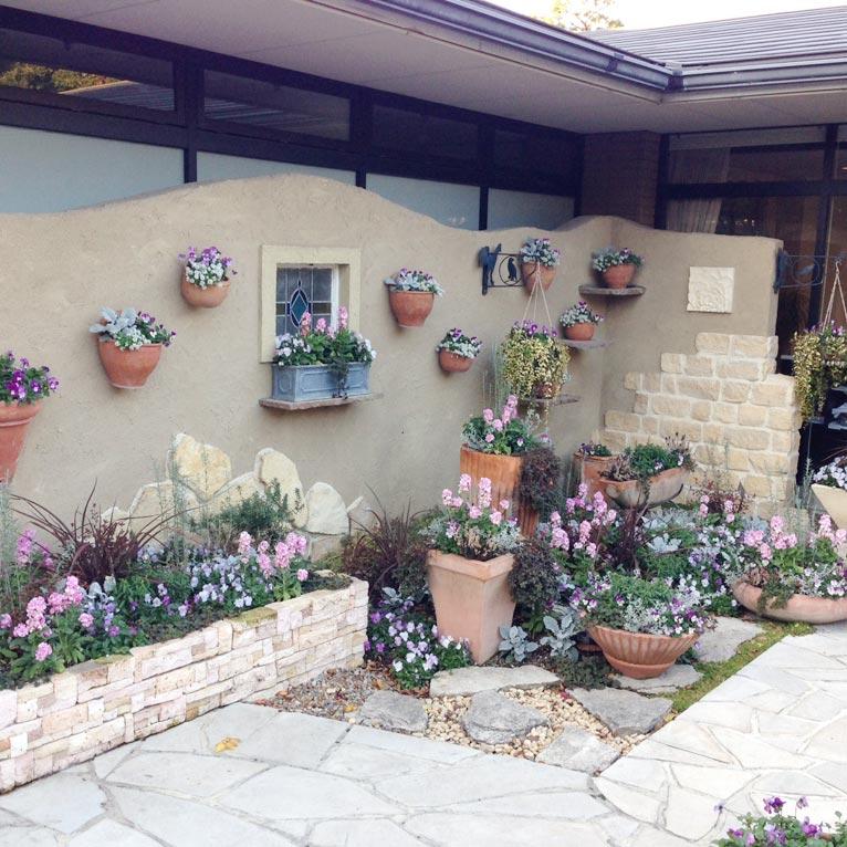 創立メンバー天野麻里絵さんのガーデニングミュージアム花遊庭を訪問しました