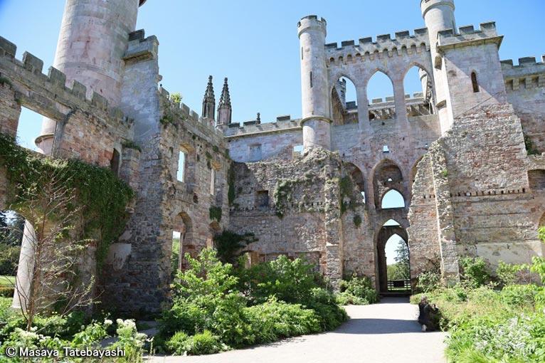 2020年6月16日~22日キューディプロマ修了舘林正也先生と行く英国ガーデンツアー英国王立園芸協会(RHS)の最新ガーデン&憧れの有名デザイナーの名庭をめぐる旅(7日間)Lowther Castle & Gardens(Dan Pearson デザイン)